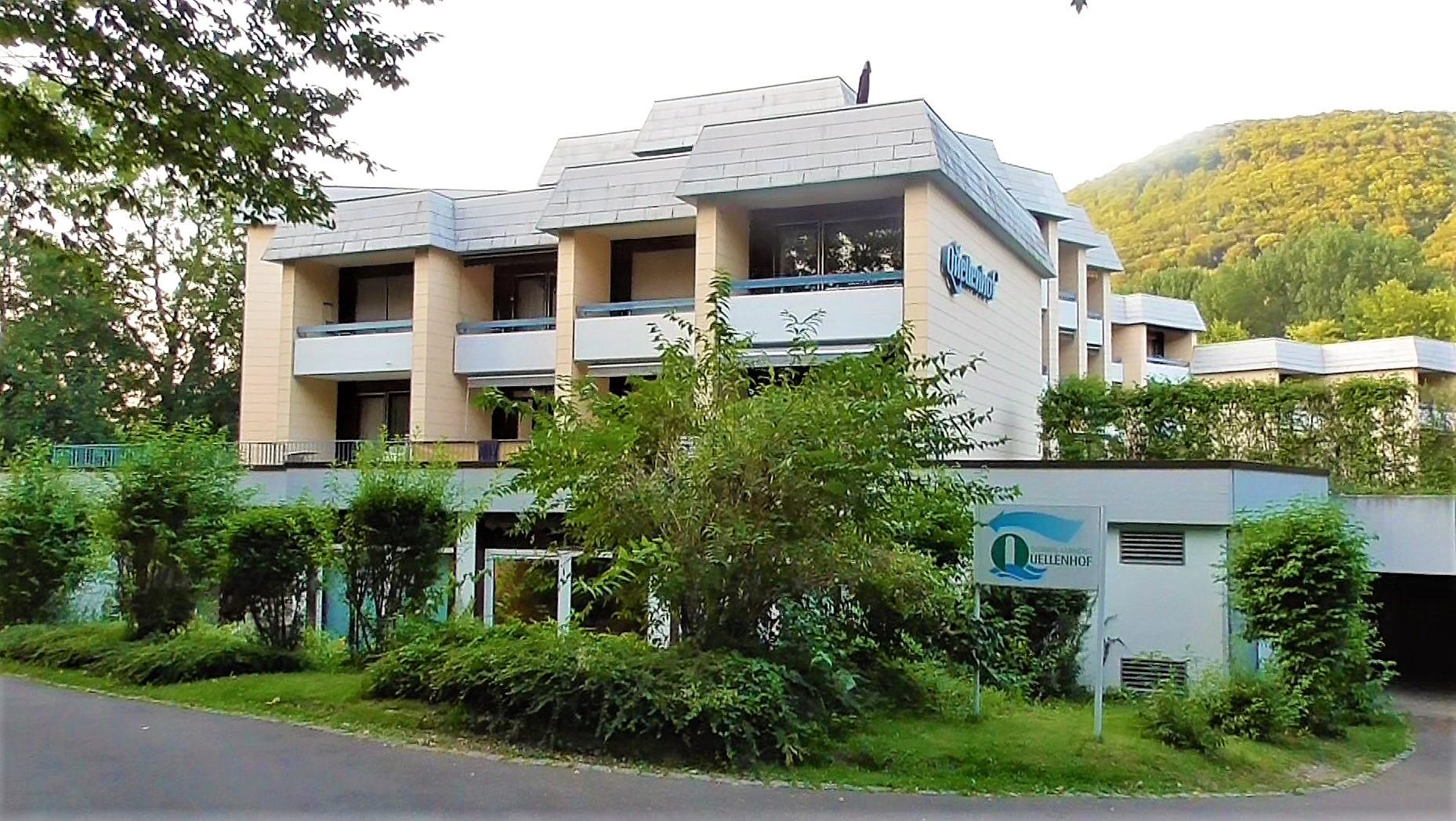 Hotel Quellenhof Mit Thermalbad Direkt Am Kurpark Und Den Albthermen