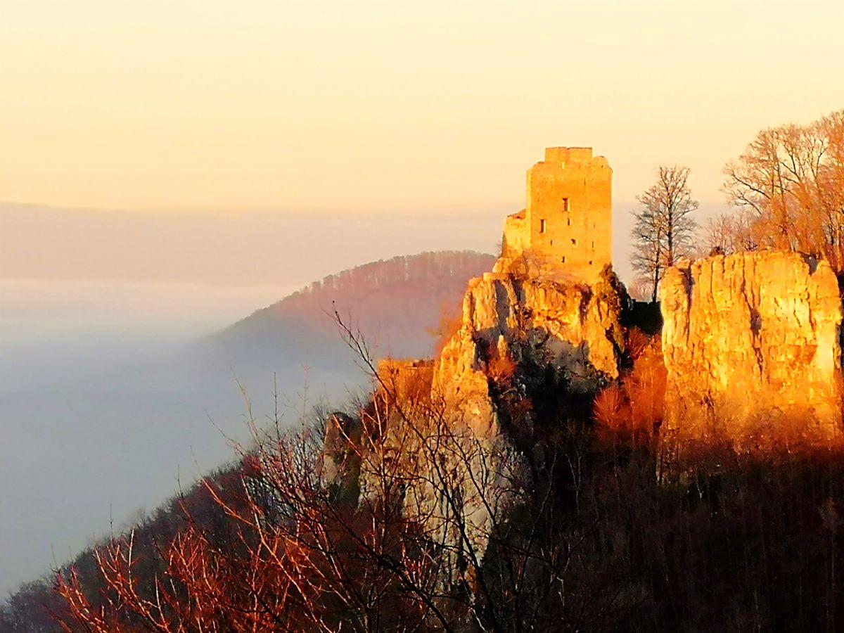 Ruine Reußenstein Sonnenuntergang