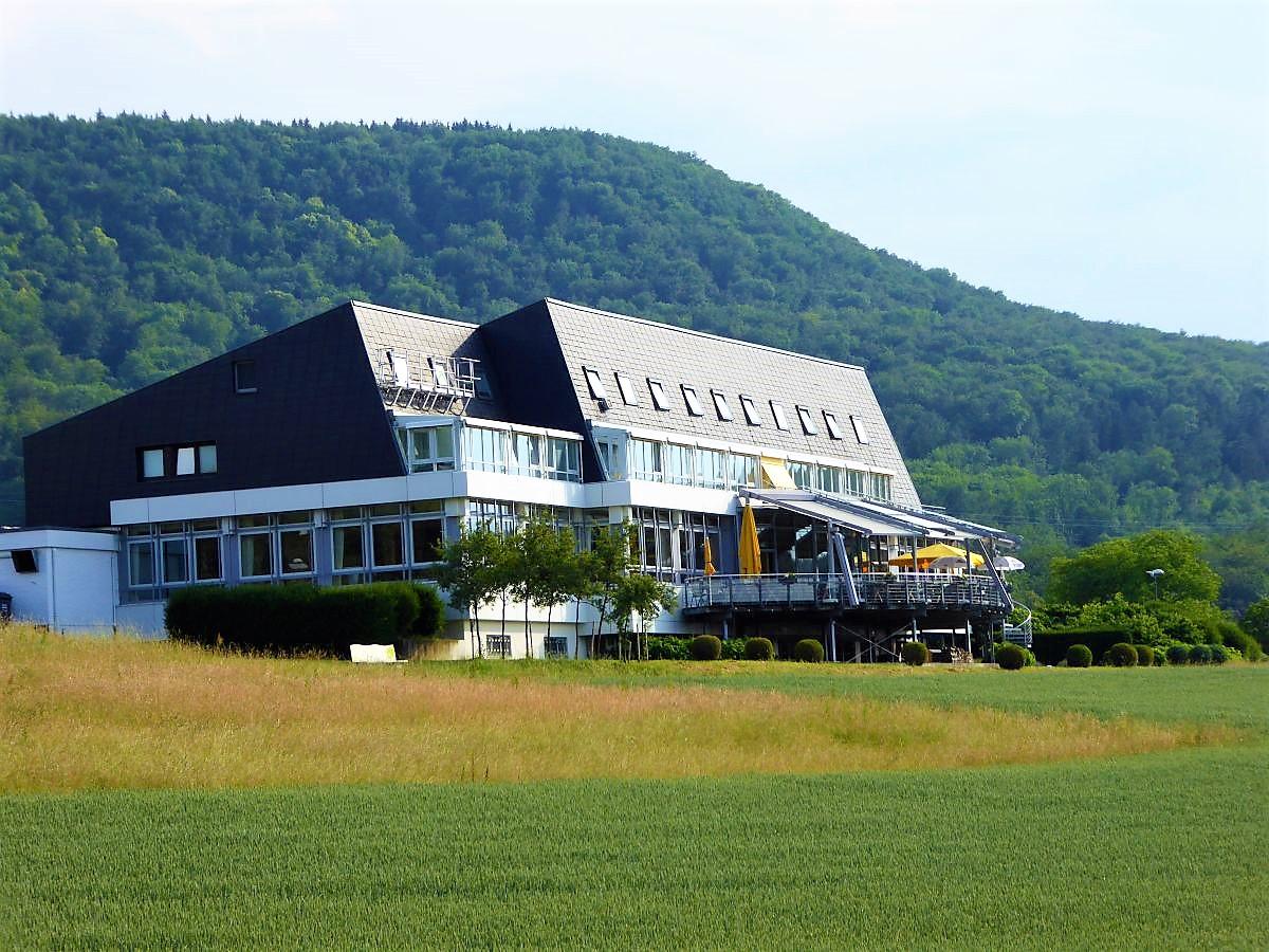 tausee Hotel in Metzingen-Glems