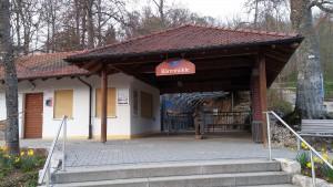 Eingang zur Bärenhöhle