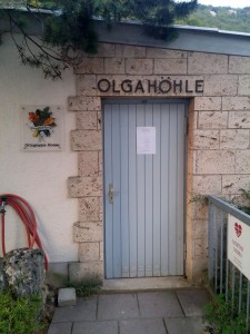 Eingang der Olgahöhle