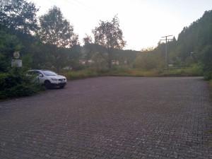 Parkplatz direkt vorm Hotel