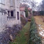 schloss-lichtenstein-burggraben