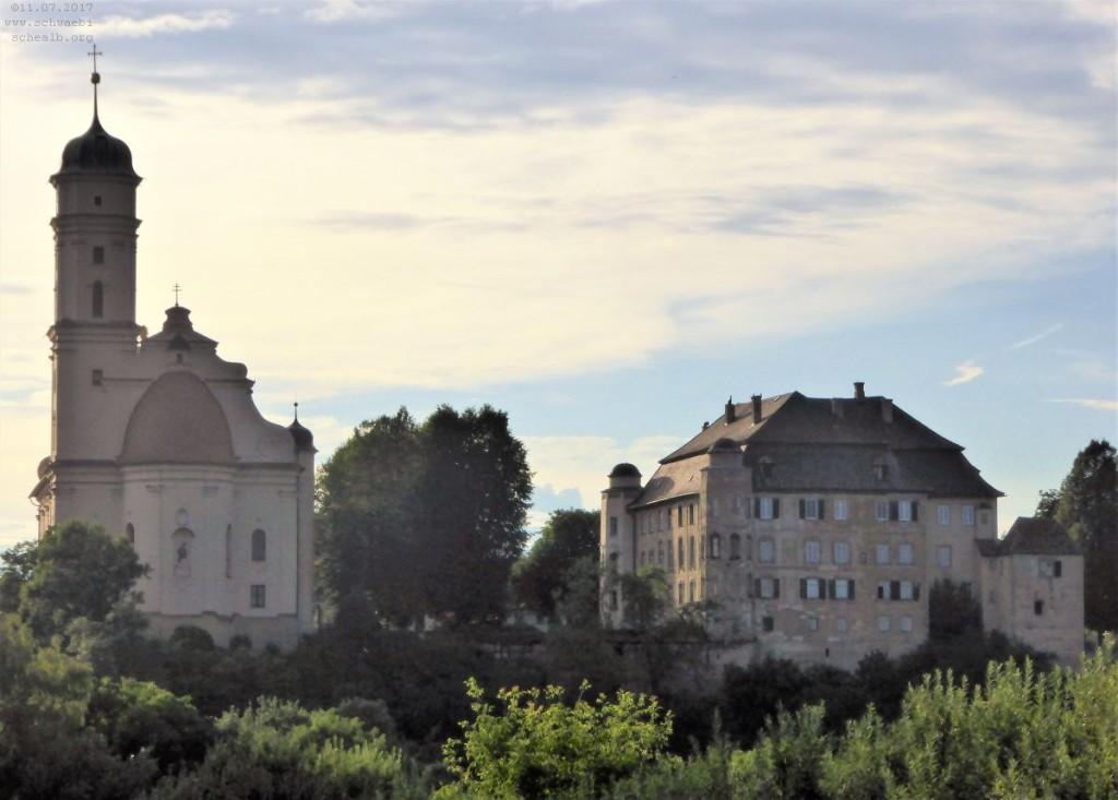 Schloss Hohenstadt mit Kirche